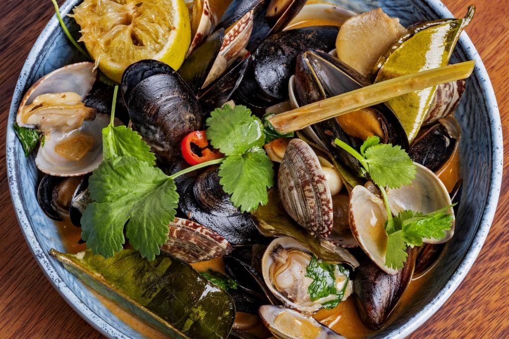 Image result for есть тофу, морепродукты, зеленые овощи